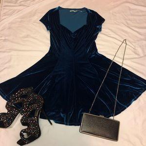 Kimchi Blue Dress Velvet For Urban Outfitters Med